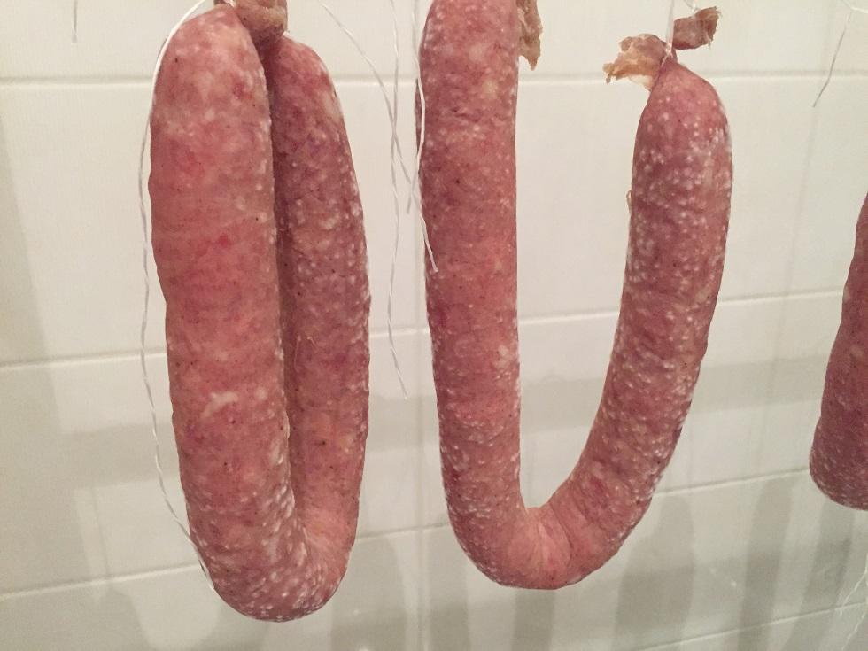 La fabrication du saucisson le blog saucisson - Faire du saucisson maison ...